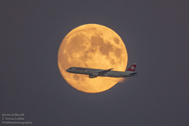 SWISS' Airbus A321 lunar transiting shortly after take-off from Copenhagen to Zurich